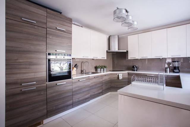 cosy_modern_kitchen