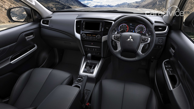 Se viene el primer restyling!!! Interior-img-012019-mitsubishi-triton-review-13-ytrmbs