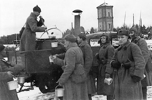[Pilt: soviet_2_ys734kdrjfkg8kk84kc0kgsg_ejcupl...sc4_th.jpg]