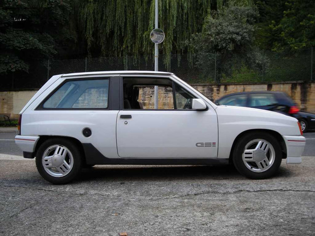 1984-opel-corsa-gsi