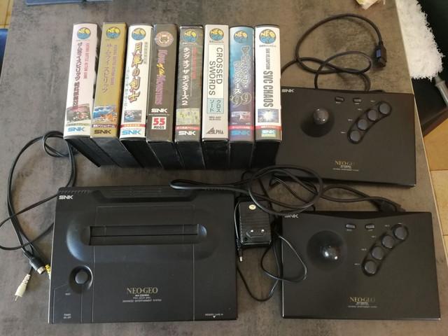 Besoin estim très rapide lot Neo Geo T_l_chargement