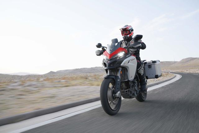 2019-Ducati-Multistrada-1260-Enduro-55