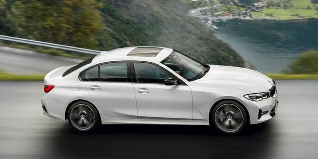 [Image: BMW_Serie_3_G20_05_750x375.jpg]