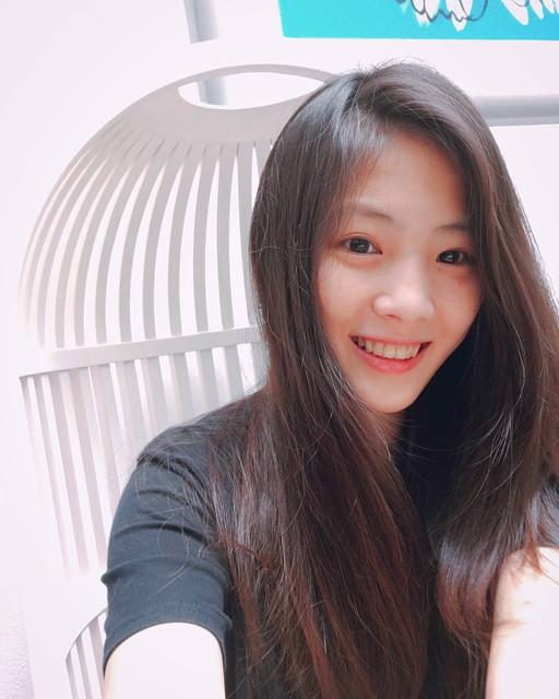 高雄醫學大學氣質清新正妹亭諭臉蛋甜美身材