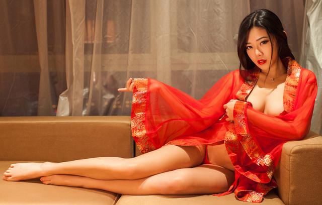 20170420漂亮新娘洞房花烛夜大玩sex game