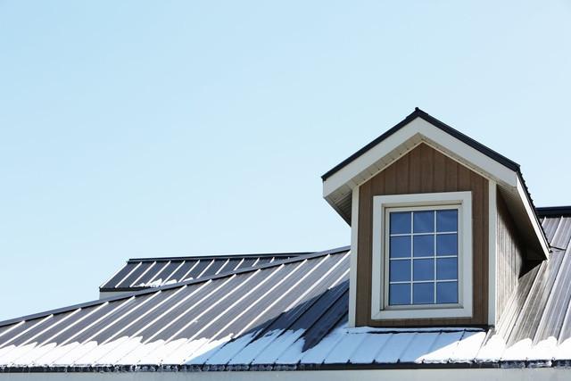 roofing_spray_foam.jpg