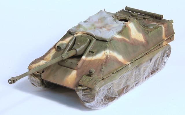 Jagdpanther Tamiya (char fini) 1/35 - Page 2 IMG_3027