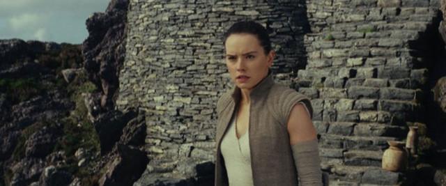 Star_Wars_The_Last_Jedi_2