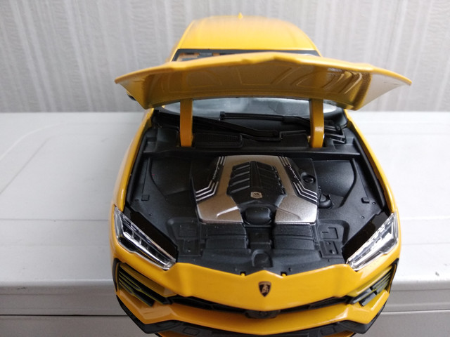 Lamborghini Urus 2018 09