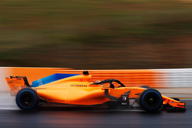 MCL33-side-action