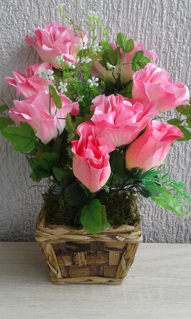arranjo-de-flores-artificiais-rosas-8-flores-lindo-D-NQ-NP-923215-MLB25147605008-112016-F-1