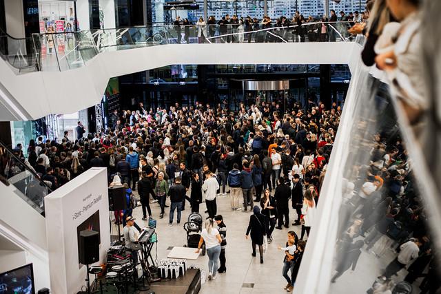 В Минске новый магазин Apple после ажиотажа снизил цены на iPhone