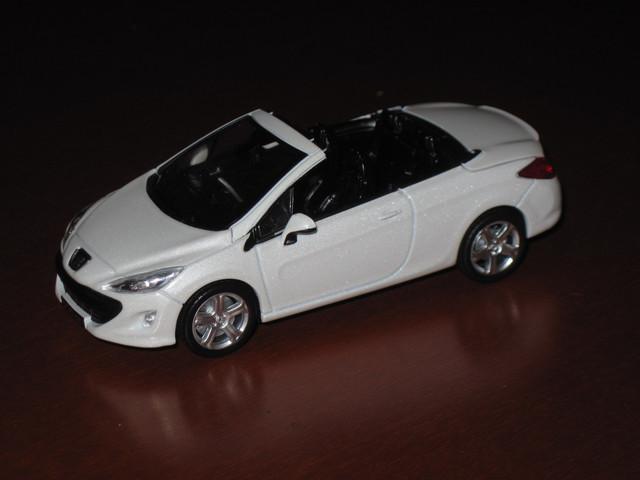 308cc-blanc-nacre-1.jpg