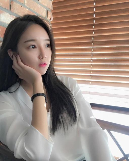臉贊清秀佳人網拍模特兒_比基尼解放爆乳好身材_lilolilo_p_박매력