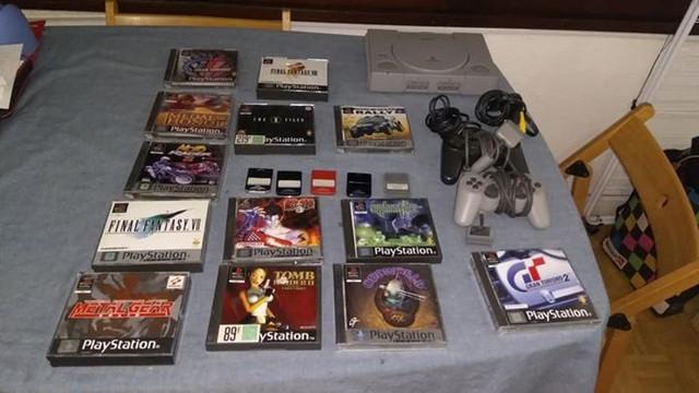 [EST] Plusieurs jeux Playstation 1 28166613_10209807608501095_8581572366093641950_n