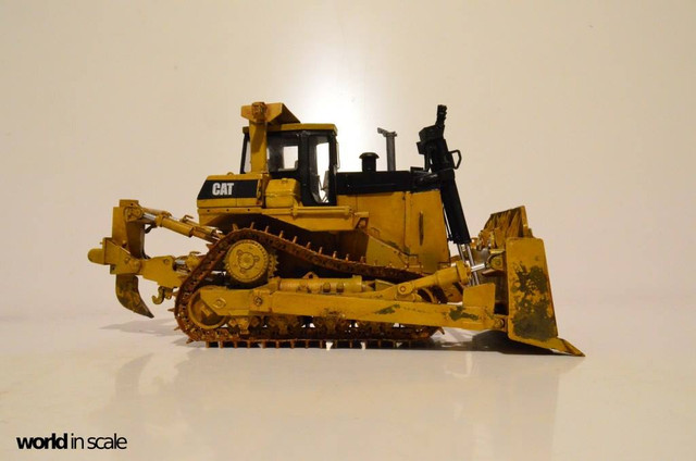 Caterpillar D6K Bulldozer - 1/35 by MMK Models 25488072_960246150809567_8999510399128985116_o