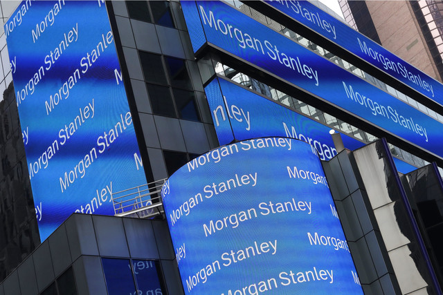 Earns_Morgan_Stanley