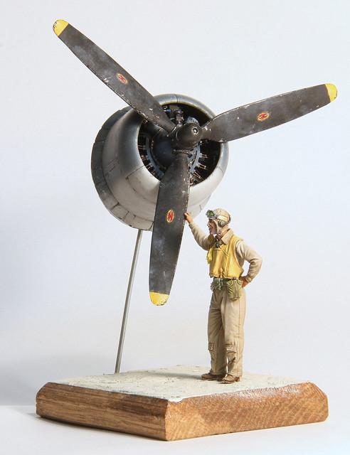 Black Sheep (bout de Corsair et pilote 1/32) IMG_3046