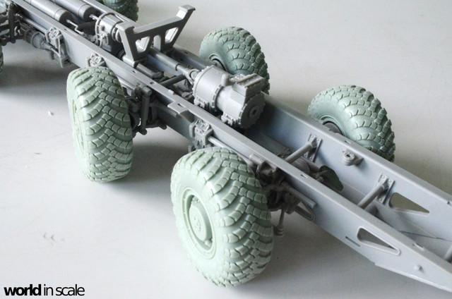 MAZ-543 + KS-6571 - 1/35 by Trumpeter, Panzershop  DSC_2725_1024x678
