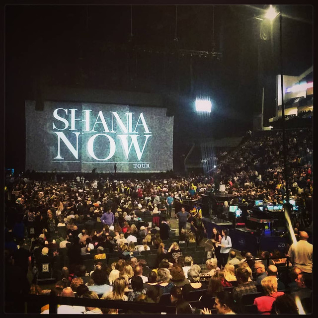 shania nowtour londonengland100218 8
