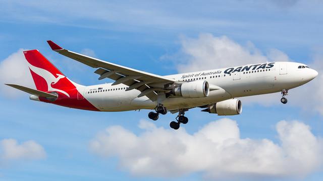 Qantas A330 VH EBJ 010718 2