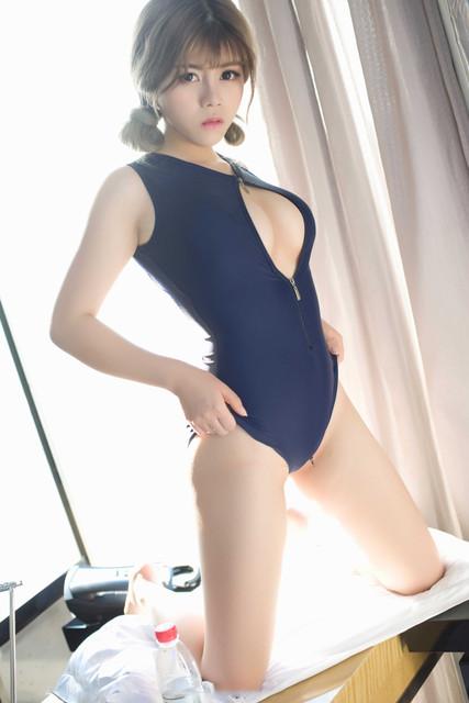 Foto Cewek Semok Pakai Baju Renang