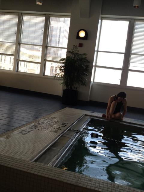 Hotel_Pool_Series_120.jpg
