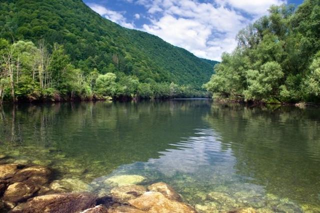 Slovenia bela krajina kolpa crnomelj metlika semic kamp rafting 66 800x0