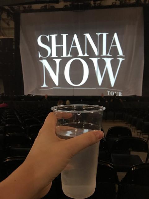 shania nowtour tacoma050318 2