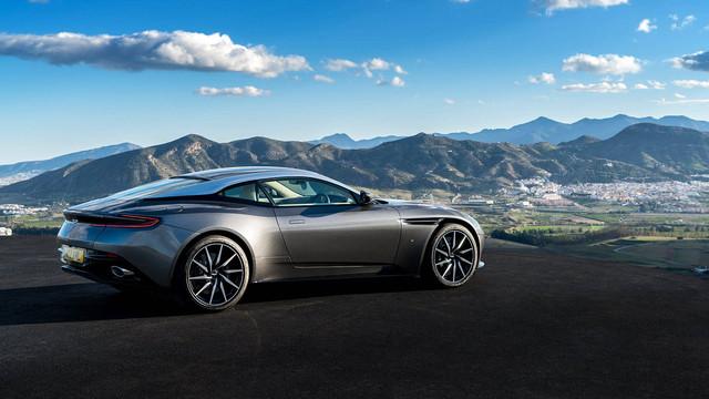 Aston_Martin_DB11_06