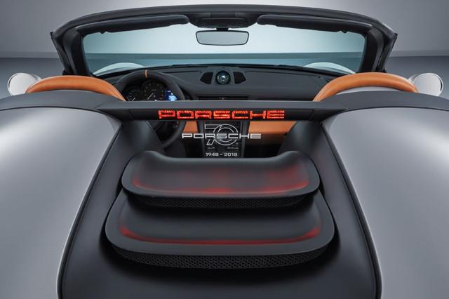 high-911-speedster-concept-2018-porsche-ag-4-Copy.jpg