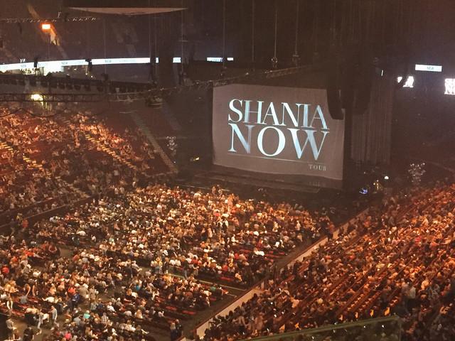 shania nowtour vancouver050618 1