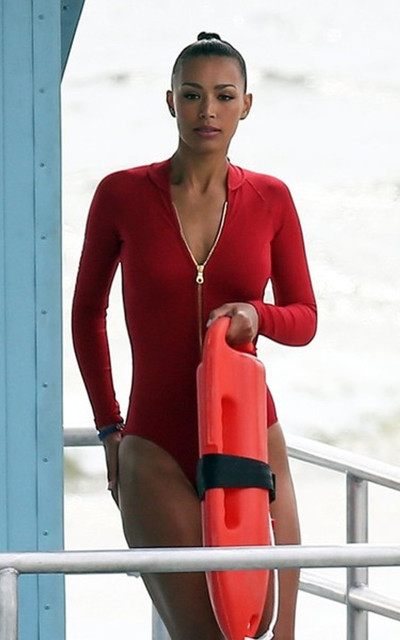 Sexiest Baywatch chick | 4857813 | Bollywood News