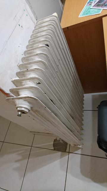 puissance vieux radiateur acier forum plomberie sanitaires syst me d. Black Bedroom Furniture Sets. Home Design Ideas