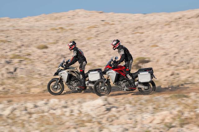 2019-Ducati-Multistrada-1260-Enduro-76