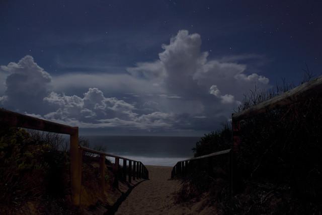 Narrabeen_Moon_Storm