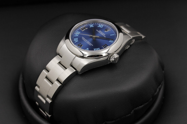 Rolex_Oyster_Perpetual_177200_31mm_Mid_Size_Blue_Roman_Dia