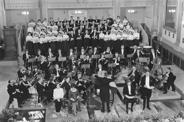 1967_Radio_E_ireann_Symphony_Orchestra_with_Our_Lady_s_Choral_Society_Handel_s_Messiah_in_Dublin_Castle_13_April_1967
