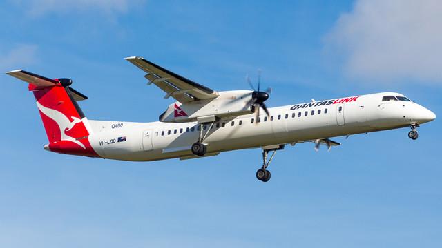 Qantaslink Q400 VH LQQ 010718 V2