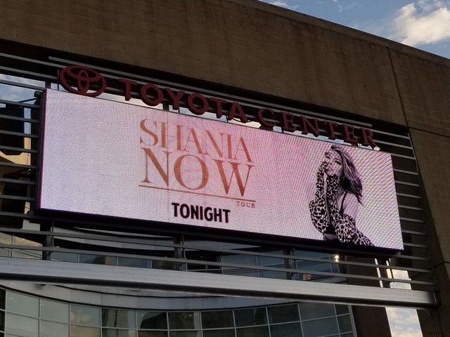 shania nowtour houston060918 1