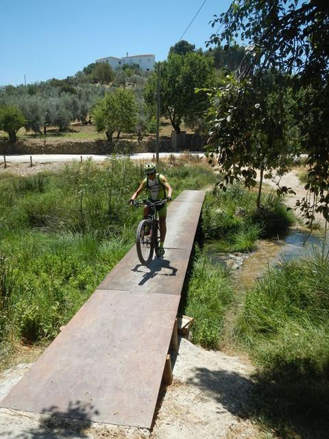 El rio Turon en el Burgo este sabado (cronica) 37115436_10205117688577524_5956931446969991168_n