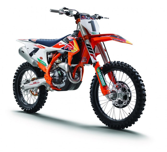 154367 ktm 450 sx f factory edition my 2018 studio right front