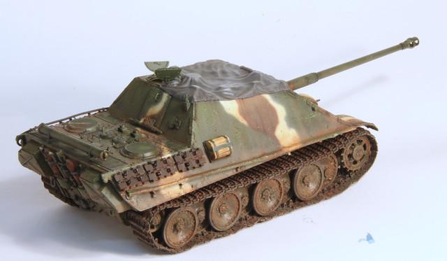 Jagdpanther Tamiya (char fini) 1/35 - Page 3 IMG_3040