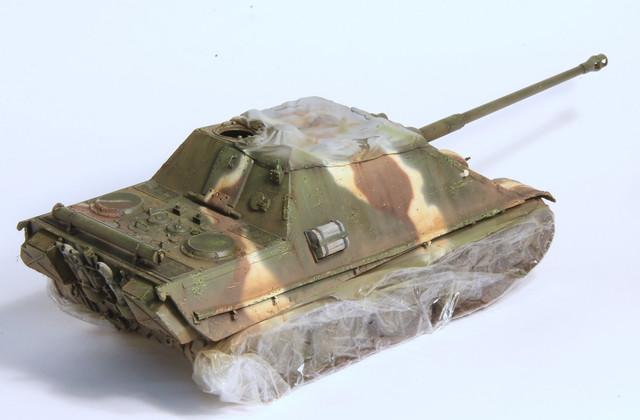Jagdpanther Tamiya (char fini) 1/35 - Page 2 IMG_3025