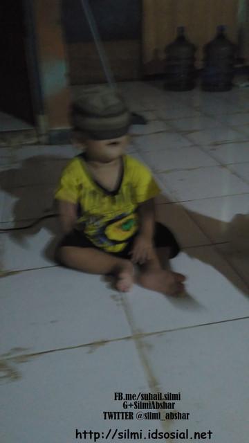 http://preview.ibb.co/f32mzb/gambar_anak_balita_bermain_sendiri_silmi.jpg