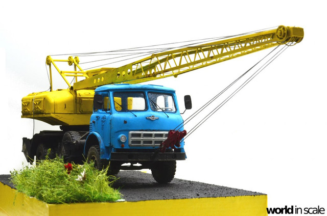 Soviet truck crane SMK-10 - 1:35 of Red Iron Models DSC_3627_1024x678