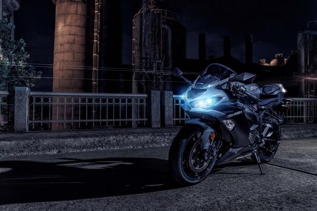 2019-Kawasaki-Ninja-ZX-6-R-19