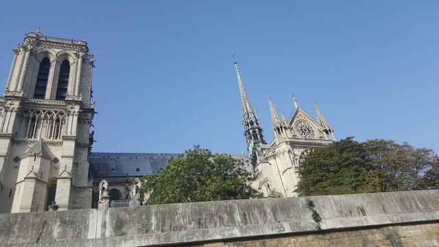 سفرتي باريس والريف الفرنسي مدعم 20170829_182329.jpg