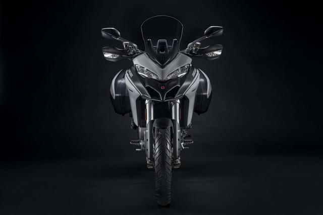 2019-Ducati-Multistrada-950-S-11
