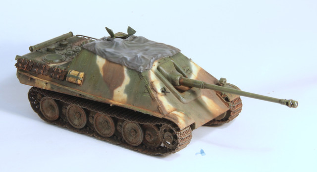 Jagdpanther Tamiya (char fini) 1/35 - Page 3 IMG_3041